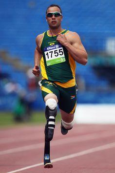 Amazing sprinter with artificial legs Oscar Pistorius, World Championship, The Man, Athlete, Inspirational, Legs, Running, Day, Amazing
