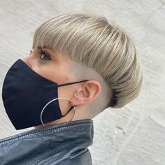 Celebrities With Nose Piercings, Short Hair Cuts, Short Hair Styles, Bowl Haircuts, Half Shaved Hair, Bob Hairstyles, Shaved Hairstyles, Bowl Cut, Cut And Color