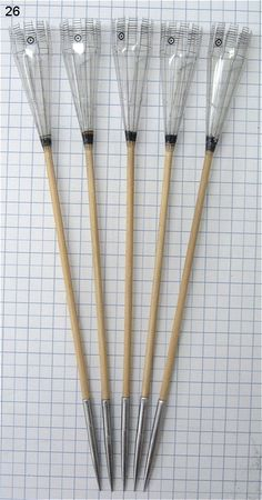 A website dedicated to building and using darts for blowgun. Survival Life Hacks, Survival Weapons, Survival Skills, Survival Tips, Fantasy Dagger, Fantasy Weapons, Homemade Weapons, Homemade Tools, Bushcraft