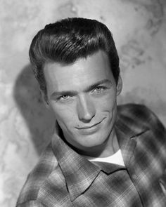 Clint Eastwood in a Pendleton wool shirt Hollywood Actor, Golden Age Of Hollywood, Classic Hollywood, Old Hollywood, Hollywood Actresses, Clint And Scott Eastwood, Actor Clint Eastwood, Divas, Al Pacino