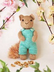 A very cute and easy pattern, this squirrel is perfect for using fringe or fuzzy yarn. The overalls are easy to knit, too.