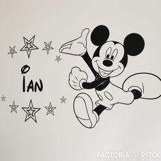 #decoracio #vinil #mickey #mickeumouse #estrelles #pintura #casa #home #sweethome #baby #bebe #retolacio #manresa #factoria #factoriadelretol #wearefactoria #fdr Mickey Mouse, Disney Characters, Fictional Characters, Snoopy, Home, Vinyls, Pintura, Bebe, Michey Mouse
