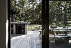 Skogshuset vid stranden, Gotland – M.Arkitektur Nordic Lights, Rest House, Backyard, Patio, My Dream Home, Townhouse, Building A House, Architecture Design, Outdoor Living