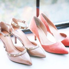 Sleek pointed toe and edgy studs. #heels