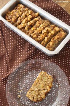 Bolo de maçã com aveia - Cozinha Roman Cupcakes, Cake Cookies, Sweet Recipes, Healthy Recipes, Light Diet, Good Food, Food And Drink, Low Carb, Sweets