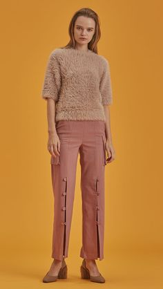 Short sleeved pullover with statement furry in matte pink. Pull on. COMPOSITION AND CARE Dry clean only Please treat with care to extend the life of your cloth a Wide Trousers, Matte Pink, Knitwear, What To Wear, Fitness Models, Capri Pants, Women Wear, Cute Outfits, Pullover