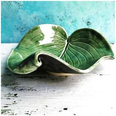 Newest Photographs Slab Ceramics how to Strategies Blatt Schüssel Single Curled Leaf – # Leaf # Curled Leaf – keramik Hand Built Pottery, Slab Pottery, Ceramic Pottery, Pottery Art, Pottery Plates, Thrown Pottery, Pottery Studio, Clay Projects, Clay Crafts