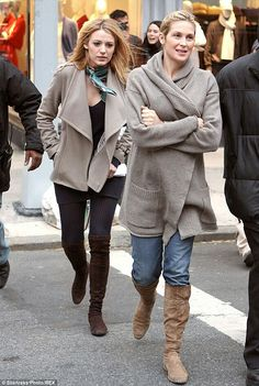 Blake Lively and Kelly Rutherford aka Serena and Lily Van der Woodsen ♥