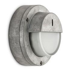 Grijze aluminium buitenlamp of badkamerlamp. Industrieel accent buitenmuur, maar ook badkamer of keuken. Instant stoere sfeer.
