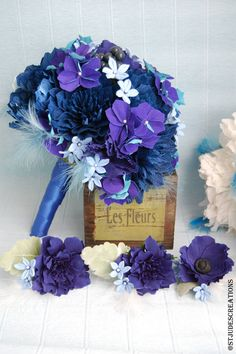 Blue and Purple Wedding Cakes | midnight royal blue wedding bouquet paper flowers