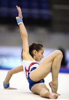 Gymnastics Flexibility, Acrobatic Gymnastics, Sport Gymnastics, Olympic Gymnastics, Olympic Games, Gymnastics Problems, Tumbling Gymnastics, Amazing Gymnastics, Gymnastics Photography