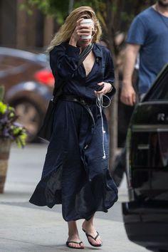 Try Ashley Olsen's Easy Shirt Dress And Belt Combo