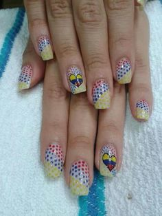 Colombia.  Nails_art
