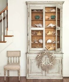 Displaying Beach Collections - creative ways to display beach finds - via Completely Coastal