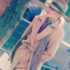 "Polubienia: 995, komentarze: 41 – Sarah Ann Murray (@sarah_ann_murray) na Instagramie: ""Trench warm wear. Thinking bout winter wardrobes. What to bespeak? Ideas on a post card pls... ⛄️…"""