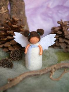 Little guardian angel - waldorf inspired, needle felted, by Naturechild Christmas Diy, Christmas Ornaments, Small Rose, Silk Roses, Some Ideas, Little Gifts, Needle Felting, Diy Crafts, Pure Products