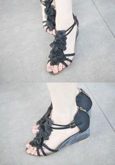 Floral Strap Sandals  SFSELFAA0014016