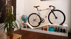 Мебель для хранения велосипедов от Manuel Rossel Если вы живете практически в любой квартире в Нью-Йорке или любой другой плотно упакованной городской местности, пространство является ценным товаром. Поэтому, покупая мебель, важно найти что-то универсальное, а также �