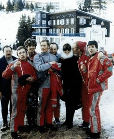 CHAMROUSSE - Audrey Hepburn JO 1968 : Audrey Hepburn photographed with the French Ski team during the Winter Olympic Games in Chamrousse (near Grenoble, in the French Alps), on February 15, 1968.