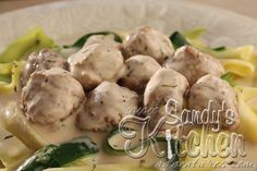 Sandy's Kitchen: Swedish Meatballs with Zucchini Ribbons ... YES YES YES!!!!!