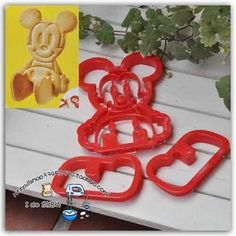 Product Information 1 Set of Cookie Cutter Mold Stamp   [1 Set MICKEY MOUSE]  100% New  100 % Good Condition  ★Material: Plastic   ★Size Approximate:  Size :   Body: 9.9 CM * 8.9 CM  *1.2 CM  Leg: 7 CM * 4 CM *1.2 cm  Qty: 1 set   Material: Plastic  Color: RED   Item Cond...
