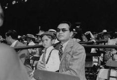 Edward G Robinson with son Manny at the track