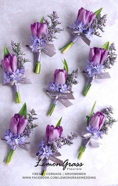 Picking the Perfect Flower Wedding Bouquet Lavender Wedding Colors, Purple Wedding Bouquets, Lilac Wedding, Wedding Flower Arrangements, Bride Bouquets, Bridal Flowers, Floral Wedding, Floral Arrangements, Lavender Roses