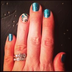 Jamberry nails peacock and teal sparkle!  http://emilylewis.jamberrynails.net