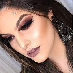 INSPIRAÇÃO: MAQUIAGEM DE FESTA DA SEMANA Diy Beauty Makeup, Cute Makeup, Glam Makeup, Gorgeous Makeup, Party Makeup, Wedding Makeup, Makeup Tips, Makeup Gallery, Smokey Eye Makeup