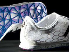 New Balance 3D Printed Spike Plates // Funcionan con un sistema de captura de movimiento para recoger datos biomecánicos del atleta. #Sports