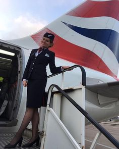 "1,708 Likes, 11 Comments - TOPSTEWARDESSES (@topstewardesses) on Instagram: ""Fall in love! ❤️ @lcykng. #topstewardesses 〰〰〰 Airline: #BritishAirways Country: #UK More:…"""