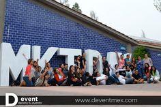 Letras GIGANTES D-Event UVM. www.deventmex.com