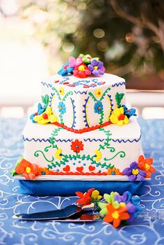 27 Exciting Colourful Mexican Wedding Cake Ideas