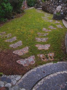 Diy Garden, Gnome Garden, Garden Paths, Garden Ideas, Tag Design, Design Ideas, Garden Stepping Stones, Cottage In The Woods, Nature Aesthetic