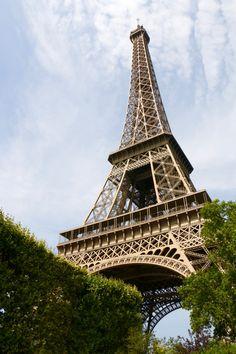 The Boys Abroad - 2 Days in Paris - Eiffel Tower