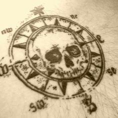 Skull Compass Pirate More