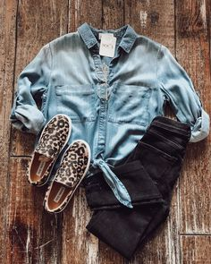 back to school outfits outfit inspiration casual outfits casual fashion ever Back School Outfits, Back To School Fashion, Boyfriend Jeans, Online Clothing Boutiques, Clothing Stores, Casual Outfits, Cute Outfits, Looks Style, Fall Winter Outfits