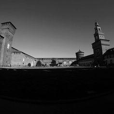 GoPro Day 15: Finding beauty in the city #gopro @gopro #sky #bluesky #castle #milan #milano #italy #architecture #january #black #white #blackandwhite #walls #art #dark #light #photo #passion #sun #noclouds #photography #30daysofgopro #castellosforzesco #city