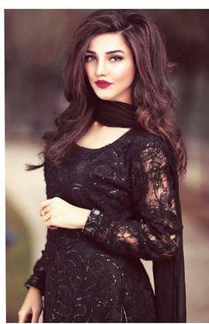 Permanent Skin Whitening Treatment in Dubai, Abu Dhabi & Sharjah Pakistani Party Wear Dresses, Pakistani Wedding Outfits, Pakistani Dress Design, Indian Dresses, Stylish Dresses, Casual Dresses, Fashion Dresses, Casual Outfits, Pakistani Bridal Makeup
