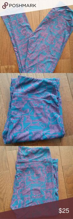 Lularoe Old Fashioned Telephone Leggings Cutest Lularoe leggings ever! These have such a cute pattern of old fashioned style telephones and gorgeous colors. These soft and cozy Lularoe leggings in OS. OS, or One Size, leggings are  stretchy and comfortably fits approximately sizes 2-10.  Lularoe leggings do not come with tags, but these have never been washed or worn. NWOT   Made in Vietnam  92% Polyester 8% Spandex  Machine Wash Cold Gentle Cycle Lularoe Pants Leggings