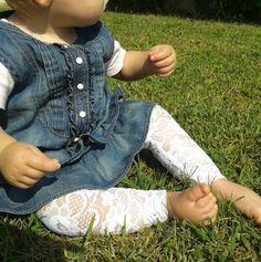 baby white lace leggins pantaloni leggins di di FillesEnFleur, €12.00
