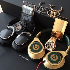 "fab5aadd261 Audemars Piguet on Instagram  ""Weekend essentials from  anilarjandas 🙌"""