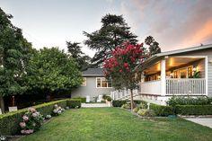 Redo of backyard with new back porch Interior Design Work, Porch, Castle, Backyard, Mansions, House Styles, Home Decor, Balcony, Patio