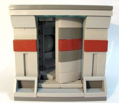 This one is dedicated to Karen Quinn, who loves this kind of stuff.  Yes, this really works.  To all my SPACE buddies, please use this door wherever.  :-)  This door also fits the 8x8x8 modular standard.