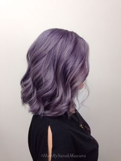 Smokey lavender hair color idea for short hair | Purple lilac lavender hair color inspo