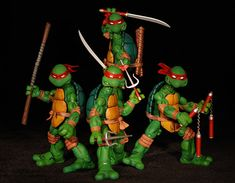 Teenage Mutant Ninja Turtles (comic based) action figures - Another Pop Culture Collectible Review by Michael Crawford, Captain Toy