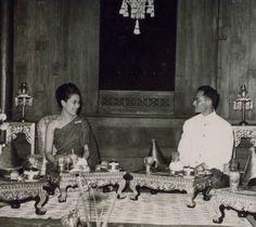 King Bhumibol Adulyadej and Queen Sirikit King Phumipol, King Rama 9, King Of Kings, King Queen, Thailand History, King Thailand, Queen Sirikit, Bhumibol Adulyadej, King Photo