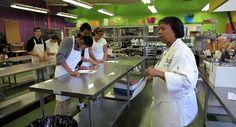 Pasadena Students Will Learn How to Get Restaurant Jobs in California Restaurant Association Program