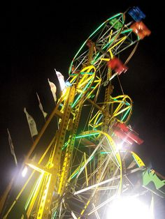 Double Ferris Wheel by Coco Mault, via Flickr