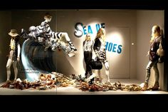 "Shoes Obsessed: Holt Renfrew Window Displays featuring ""Sea of Shoes"""